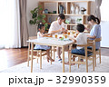 食事 ダイニングテーブル 食卓の写真 32990359