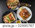 そば粉のクレープ ガレット  galette French food 32995767