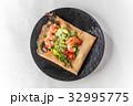 そば粉のクレープ ガレット  galette French food 32995775