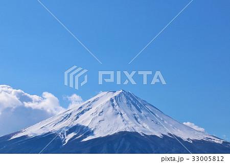 冬の青空と富士山 33005812