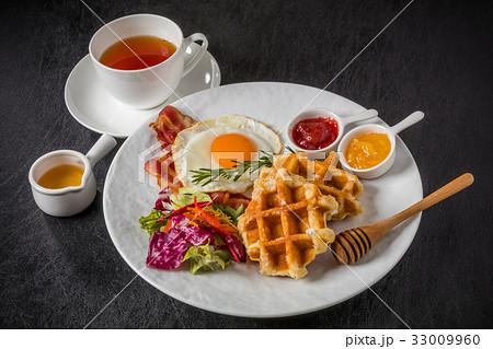 ワッフル ベルギー料理 Waffle Belgium dish 33009960