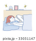 寝る 女性 33031147