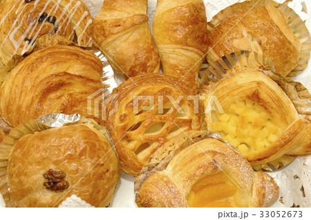 菓子パンの写真素材 [33052673] - PIXTA