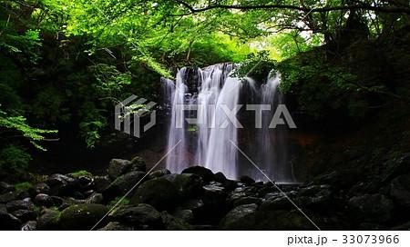 那須高原 乙女の滝の渓流 33073966