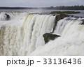悪魔の喉笛 滝 イグアスの滝の写真 33136436