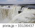 悪魔の喉笛 滝 イグアスの滝の写真 33136437