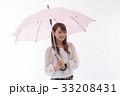 梅雨 傘 雨の写真 33208431