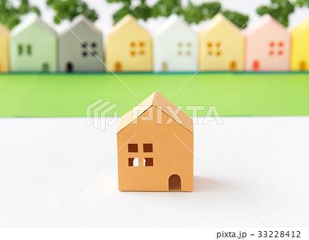 緑のある街 コミュニティ 町並み 住宅地 不動産 ペーパークラフト 33228412