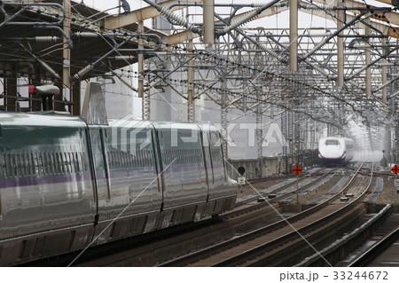 旅客転落により遅延発生の東北新幹線(お盆シーズンの郡山駅) 33244672