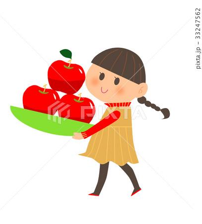 林檎を持つ女の子 33247562