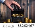 宝箱と金貨 33262467
