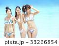 プール リゾート ビキニ 女友達  33266854