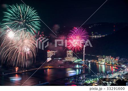 熱海100万ドルの夜景と海上花火 33291600