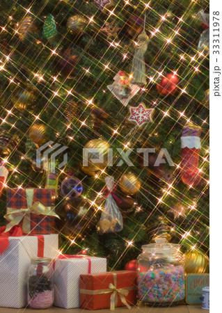 クリスマスツリー 33311978
