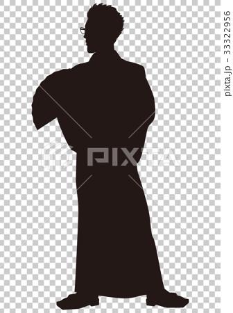 실루엣 유카타 남성 봉 오도리 축제 유카타 모습 부채를 들고 서있는 남자 02 33322956
