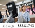 エアロバイク スポーツジム アクティブシニアの写真 33381743
