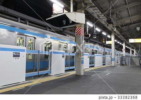 京浜東北線ホームのホームドア(設置間もない赤羽駅) 33382368