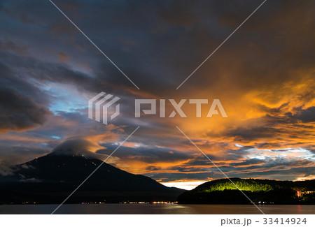 富士山 夕焼け 山中湖 台風一過 33414924