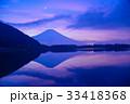 【静岡県】明けの明星光る、夜明けを待つ富士山 33418368