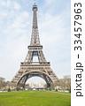 エッフェル塔 そびえる タワーの写真 33457963