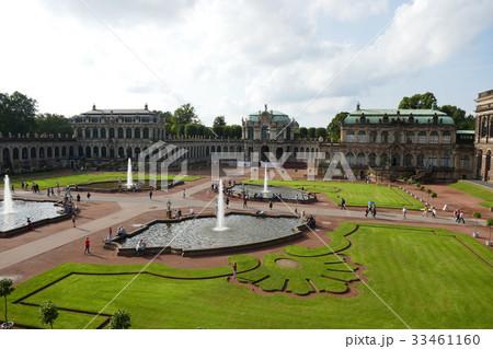 ツヴィンガー宮殿 33461160
