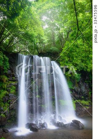 日本の滝、長野県、上田市、菅平高原。 33475596