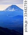 三方分山山頂から眺める冬の富士山 33482759