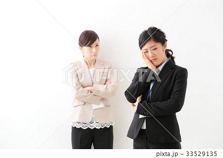 ビジネス 女性 の写真素材 [33529135] - PIXTA