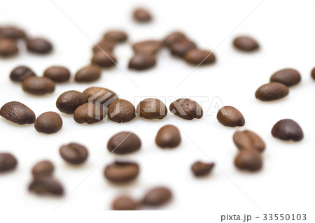 Roasted coffee beans 33550103
