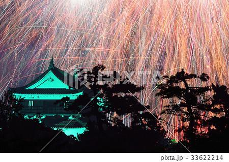岡崎城を包む花火 33622214