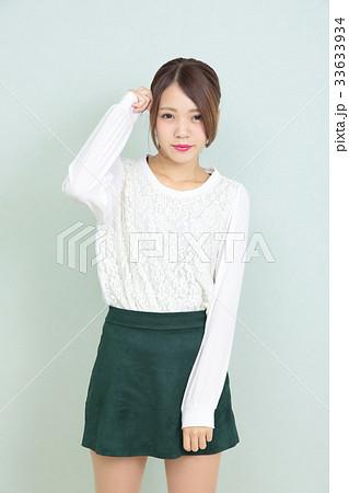 若い女性 ポートレート 33633934