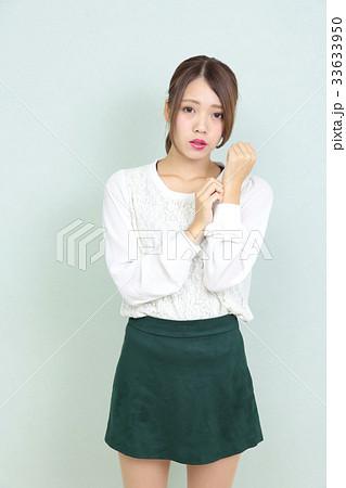 若い女性 ポートレート 33633950