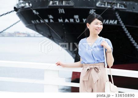 女性 旅行 横浜 ショートトリップ 散策 散歩 一人旅 33650890