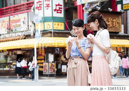 女性 旅行 友達 中華街 横浜 ショートトリップ 散策 散歩 33655333