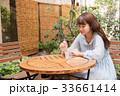 女子高生 高校生 jk 大学生 待ち合わせ 一人 かわいい きれい 美しい ロング カフェ 33661414