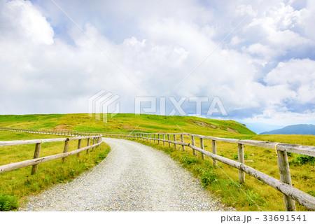 高原の風景、長野県、美ヶ原高原。 33691541