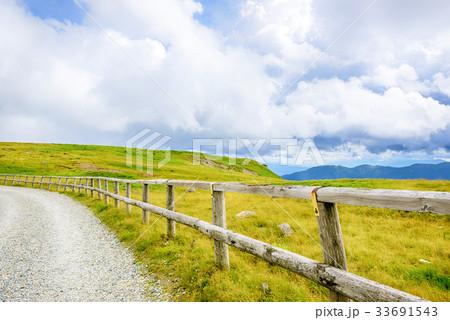 高原の風景、長野県、美ヶ原高原。 33691543