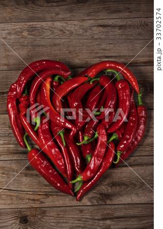 Heart shape by red pepperの写真素材 [33702574] - PIXTA