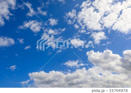 雲のある青空 33704978