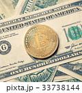 ビットコイン 金 貨幣の写真 33738144