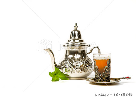 True Moroccan mint tea in the original cupの写真素材 [33739849] - PIXTA
