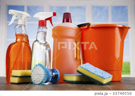 Cleaning products. Home concept and window の写真素材 [33740550] - PIXTA