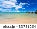 沖縄県 エメラルドグリーン 海の写真 33781264