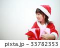 女の子 子供 クリスマスの写真 33782353