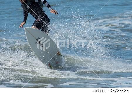 サーフィン ジャンプ 33783383