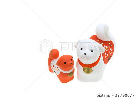 戌年 年賀素材〜紅白の親子犬 33790677
