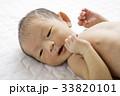 赤ちゃん 人物 新生児の写真 33820101