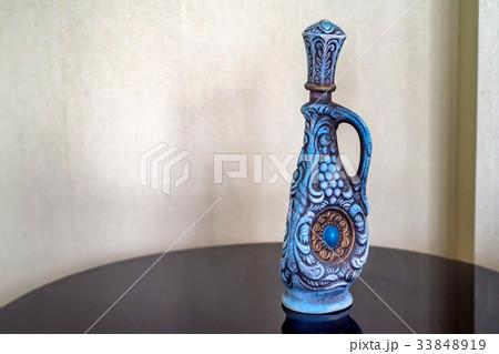 Traditional decorative wine bottleの写真素材 [33848919] - PIXTA
