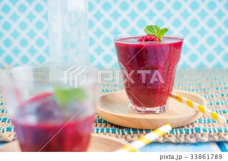 Berry Smoothie with Mintの写真素材 [33861789] - PIXTA