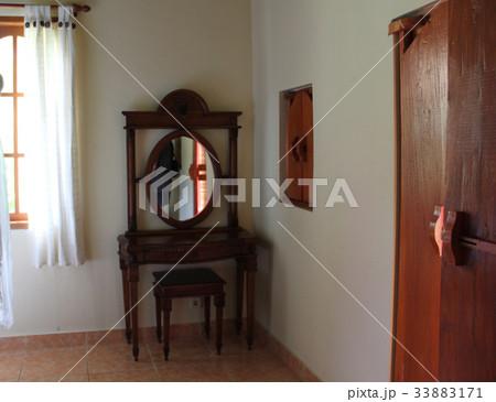 mirror, door and windowの写真素材 [33883171] - PIXTA